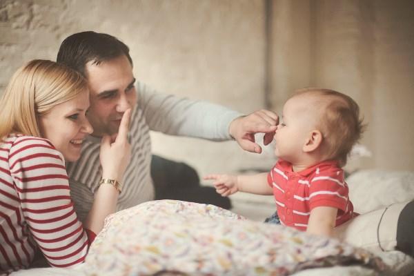 Картинки по запросу мама и папа и ребенок