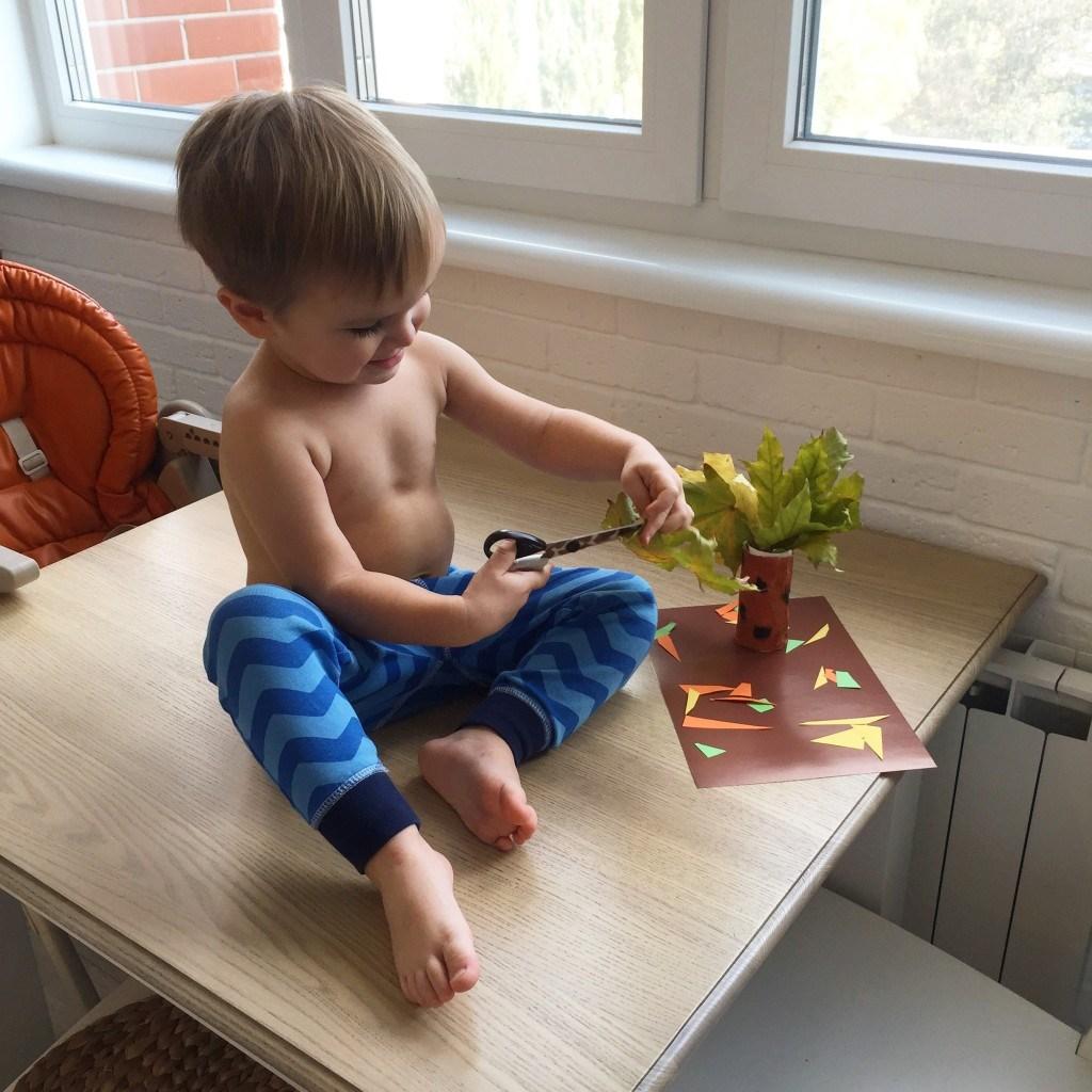 Чем занять ребенка в месяца
