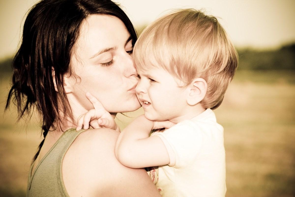 С мамой в 6 фотография