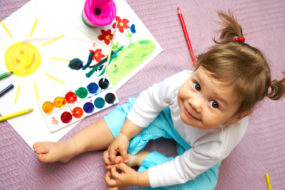 toddler_painting