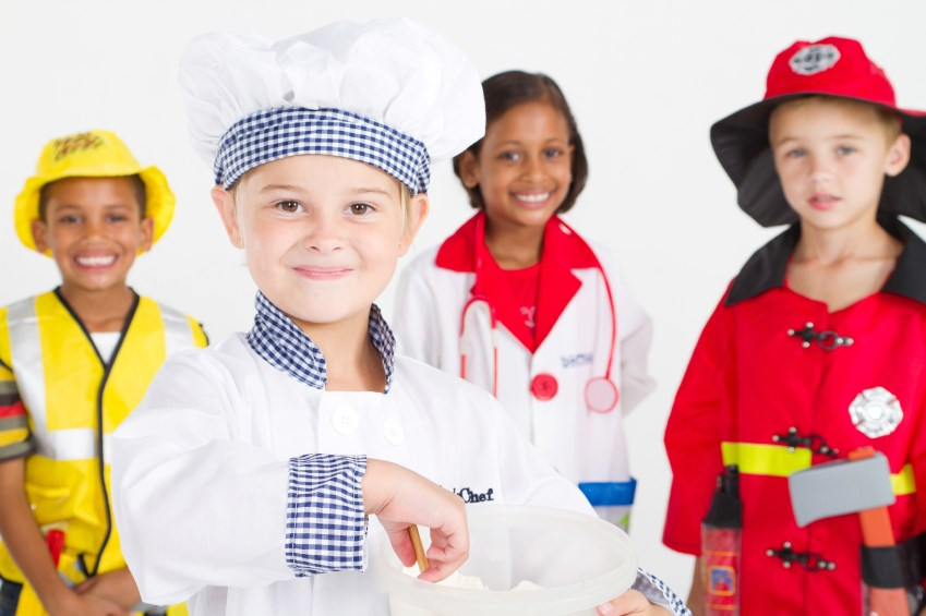 kids-wearing-career-day-costumes