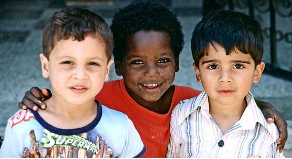 Детям в Украине покажут кино о толерантности