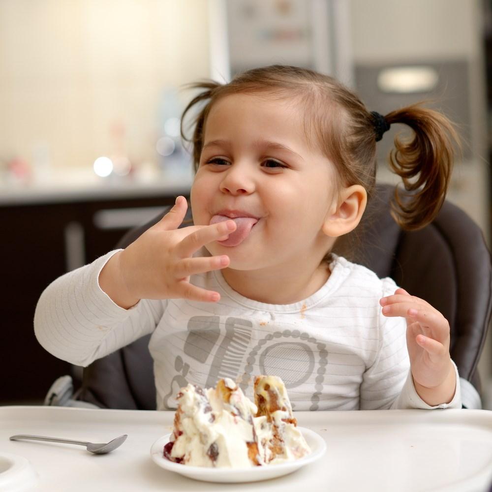 Прикольные картинки дети еда