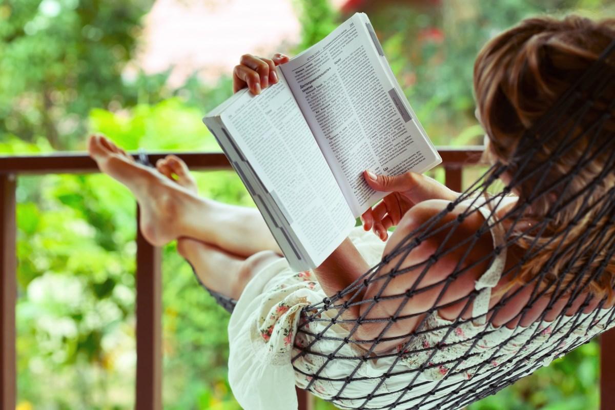 10 интересных книг для чтения на выходных