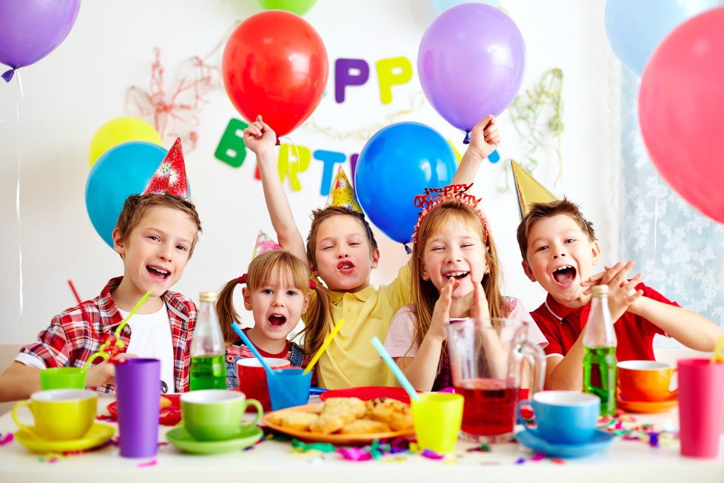 birthday-party-hd-background-wallpapers