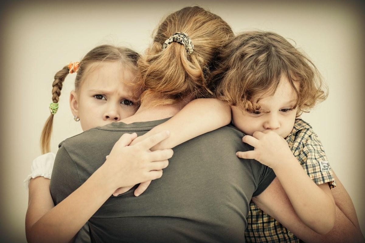 Как отвечать на неудобные вопросы ребенка: 3 лайфхака