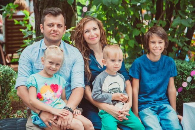 Как не увязнуть в семейной рутине: 5 правил многодетной мамы