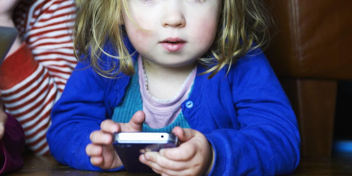 Як вибрати мобільні ігри для дітей до двох років