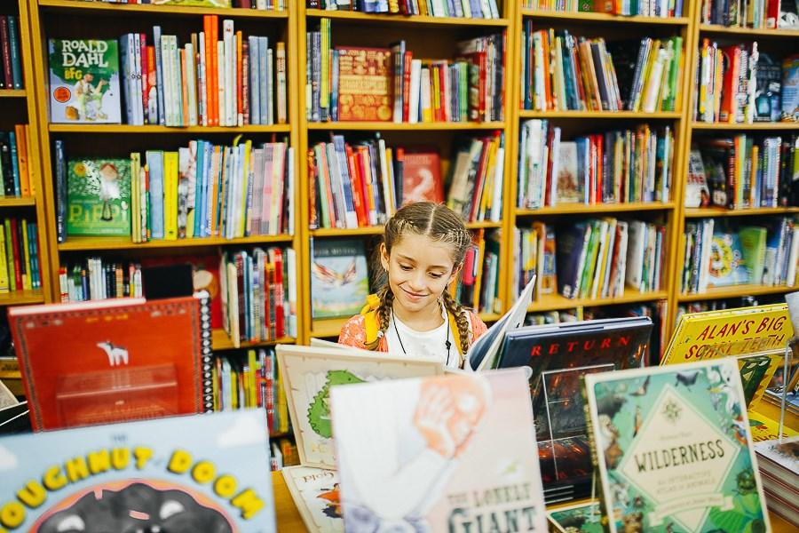 Лондон читает, Барселона читает, Киев читает