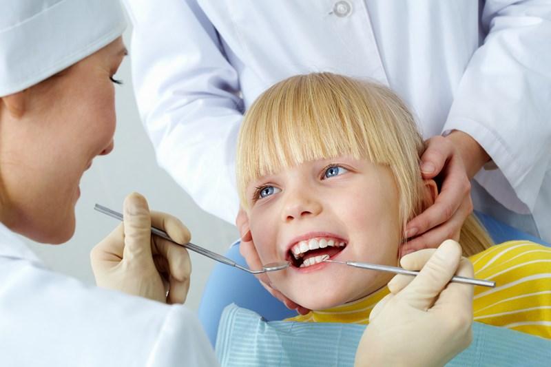 Поход к стоматологу с ребенком. 6 советов родителям