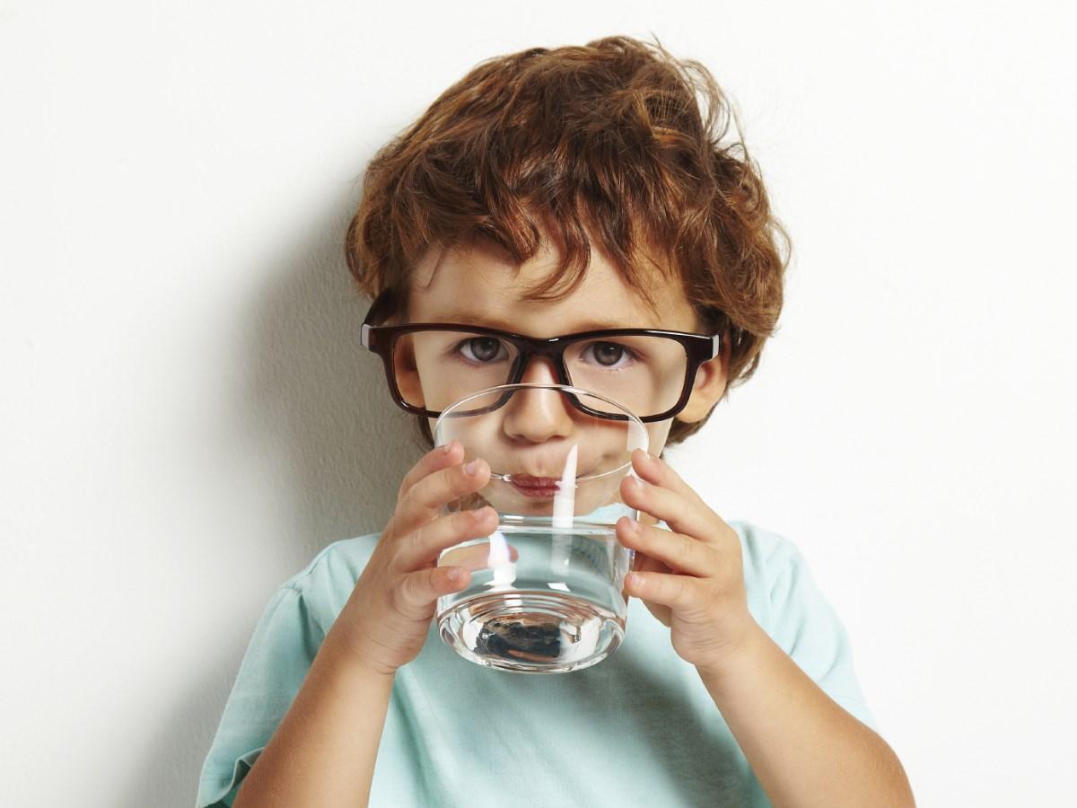 82% детей в Украине потребляют сладкие газированные напитки