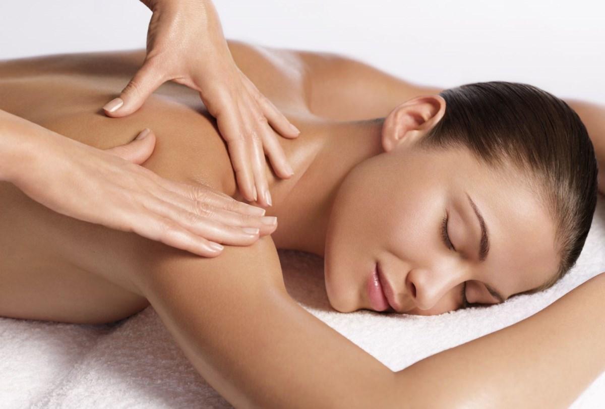 Особенности послеродового массажа и массажа для кормящих мам