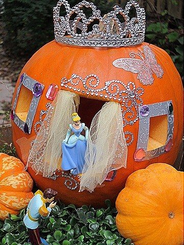 the-best-carved-and-decorated-pumpkin-ideas-35