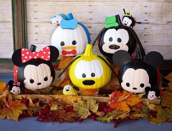 the-best-carved-and-decorated-pumpkin-ideas-38