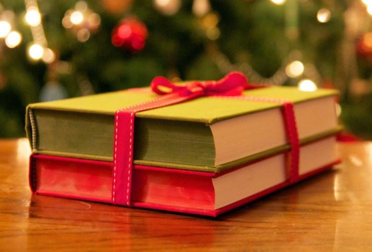 Новогодние каникулы: что читать
