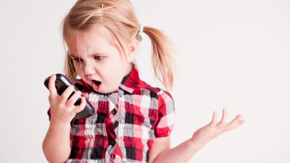 Как использование гаджетов влияет на детей до трех лет