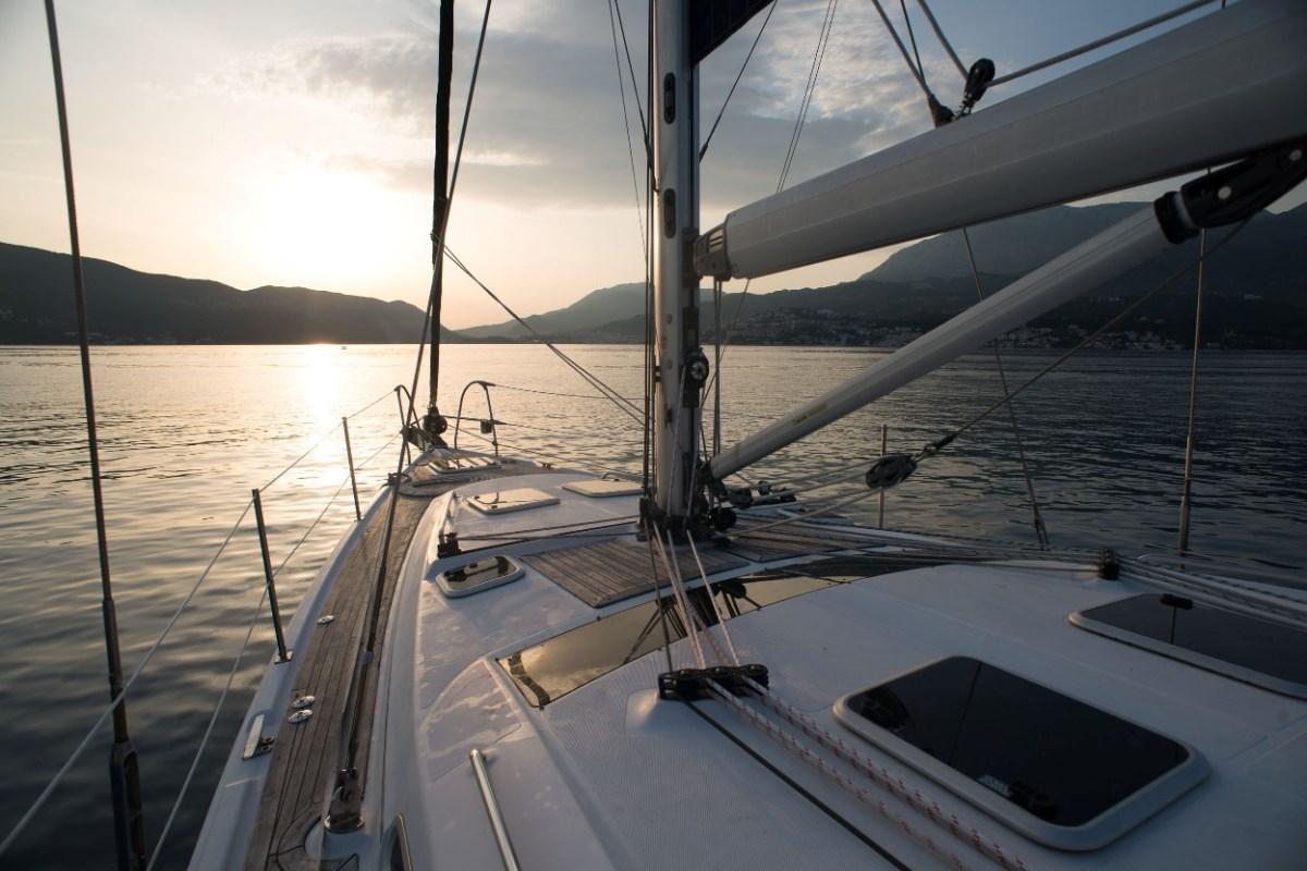 Кругосветное путешествие на парусной лодке  с маленьким ребенком