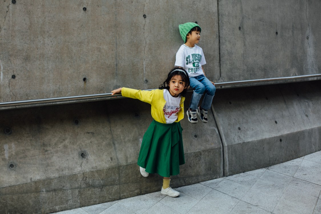 Streetstyle: модные дети на Неделе моды в Сеуле