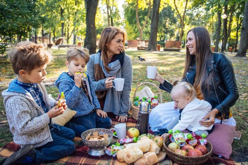 Как известные мамы-блогеры проводят семейные выходные