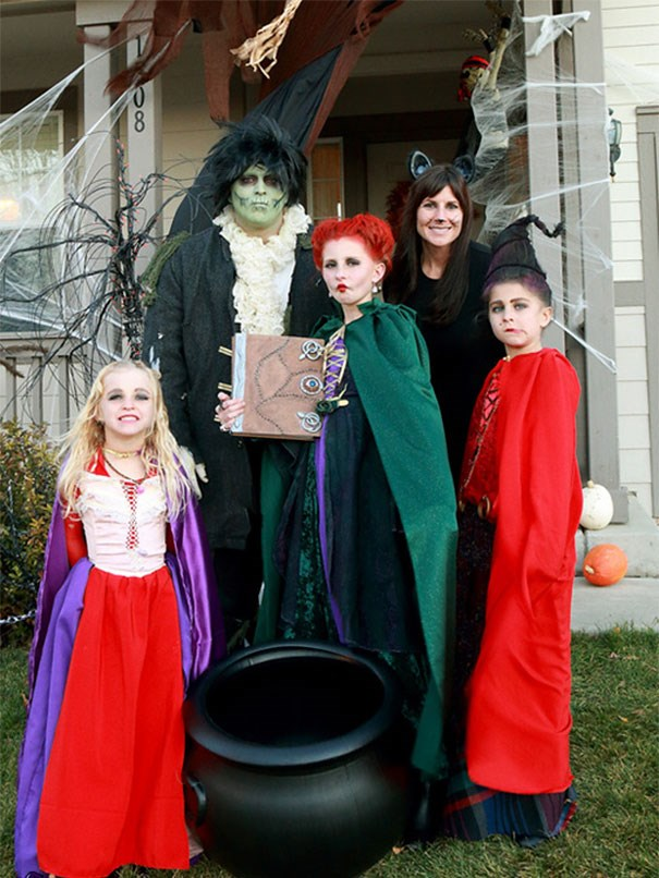 halloween-costume-ideas-for-kids-parents-12-57f37670120d1__605