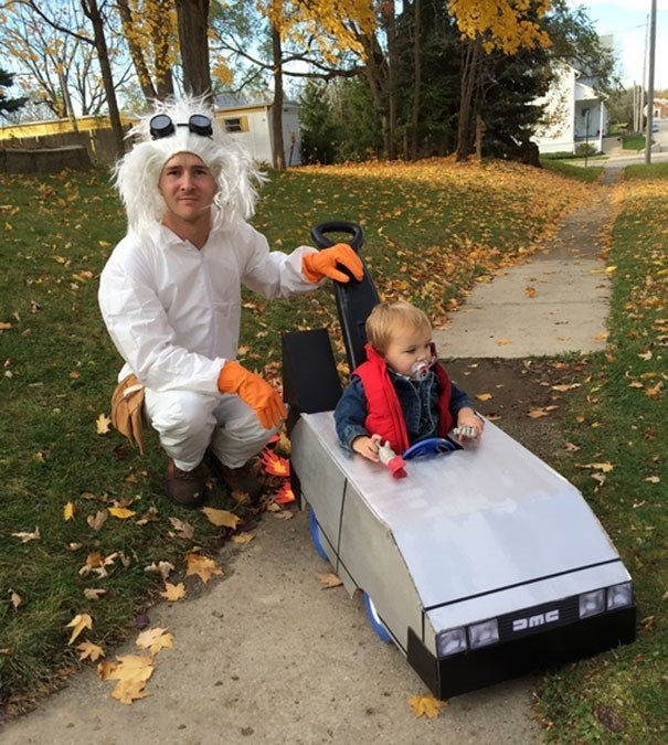 halloween-costume-ideas-for-kids-parents-17-57f37677ad07c__605