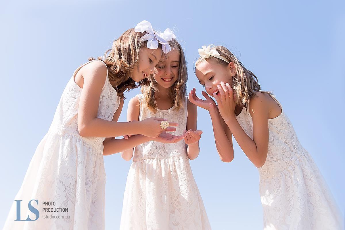 Мама тройняшек: осенняя депрессия у девочек