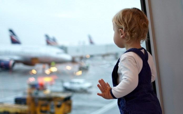 Рада изменила требования к выезду несовершеннолетнего ребенка за границу (обновлено)