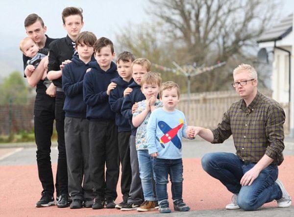 Потрясающая история одной семьи: мама 9 мальчиков опять беременна