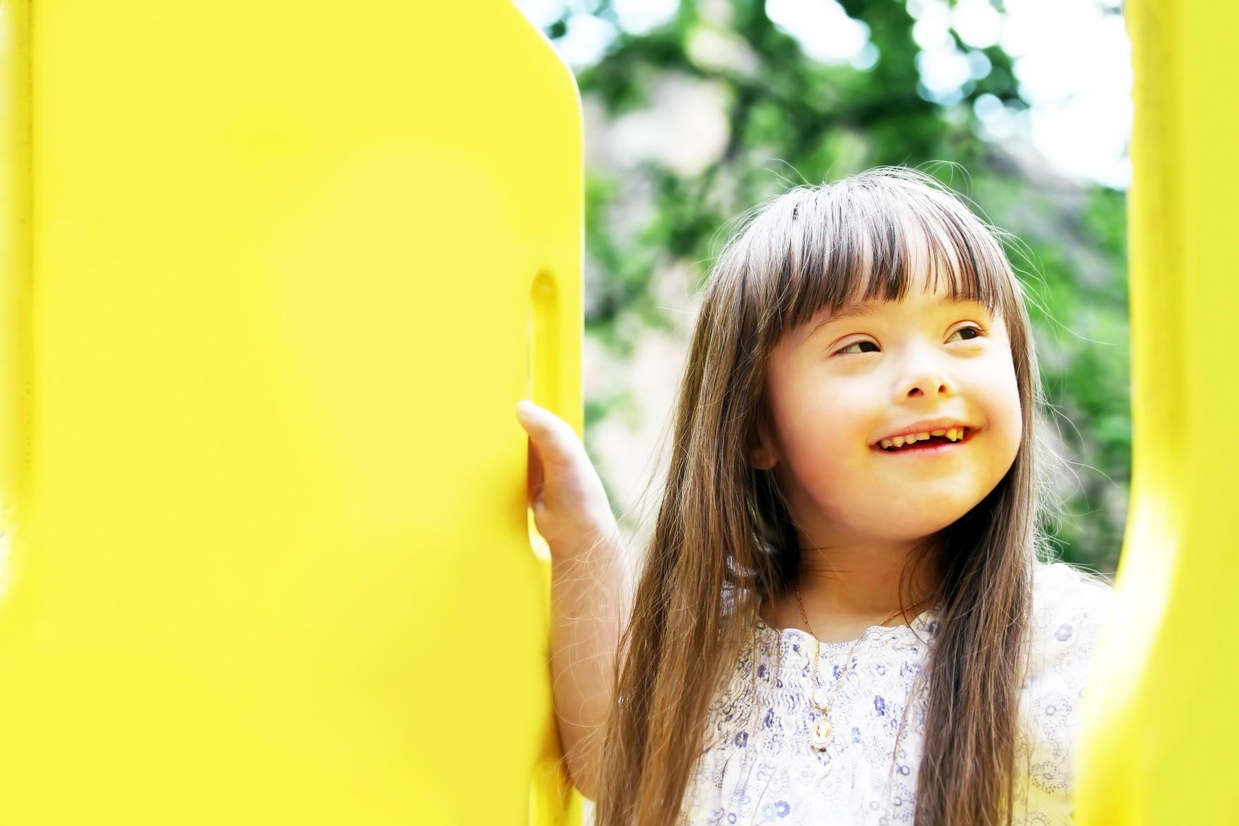 Маленька українка з синдромом Дауна — відома у світі фотомодель