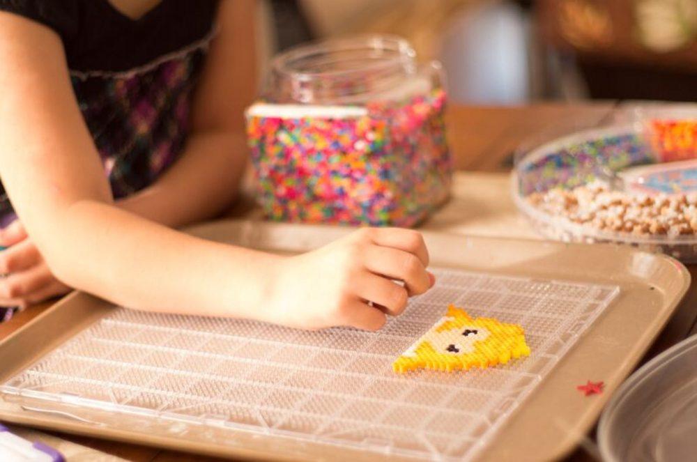 Почему детям важно больше играть и меньше учиться