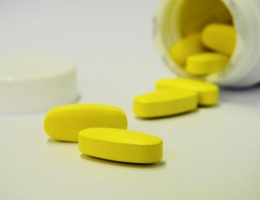 В МОЗ рассказали, как не купить поддельные лекарства