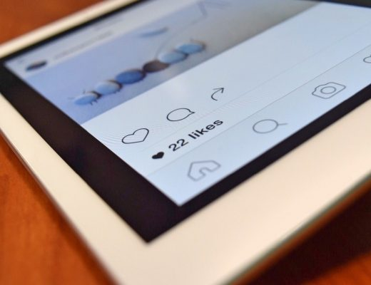 Стало известно, сколько времени люди проводят в Instagram
