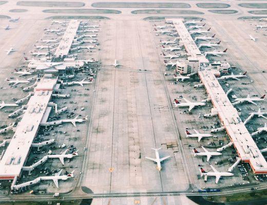В аэропорту Австралии отказались от паспортного контроля
