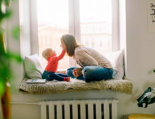 Ту-ту, а не поезд: использование детских слов помогают малышам научиться говорить быстрее