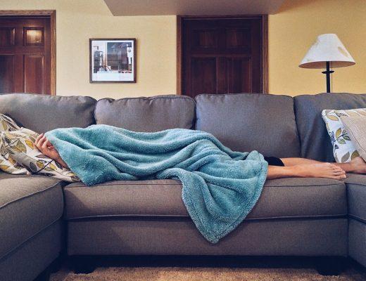 20 странных вещей, которые делают только сильно уставшие родители