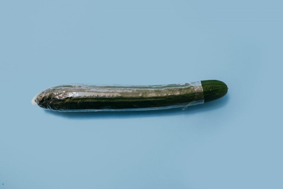 Три причины дать подросткам презервативы