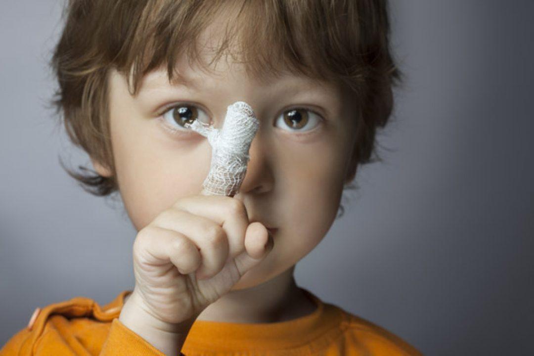 Травмы: игры на детской площадке опаснее занятий легкой атлетикой