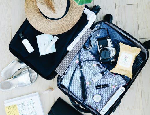 Аптечка мандрівника: які ліки взяти з собою у відпустку