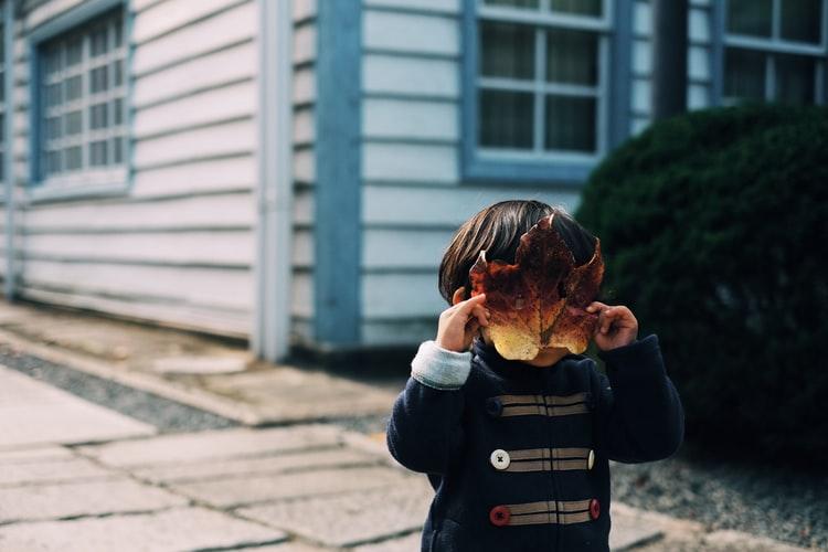 Детские секреты: зачем они нужны и почему взрослые их боятся