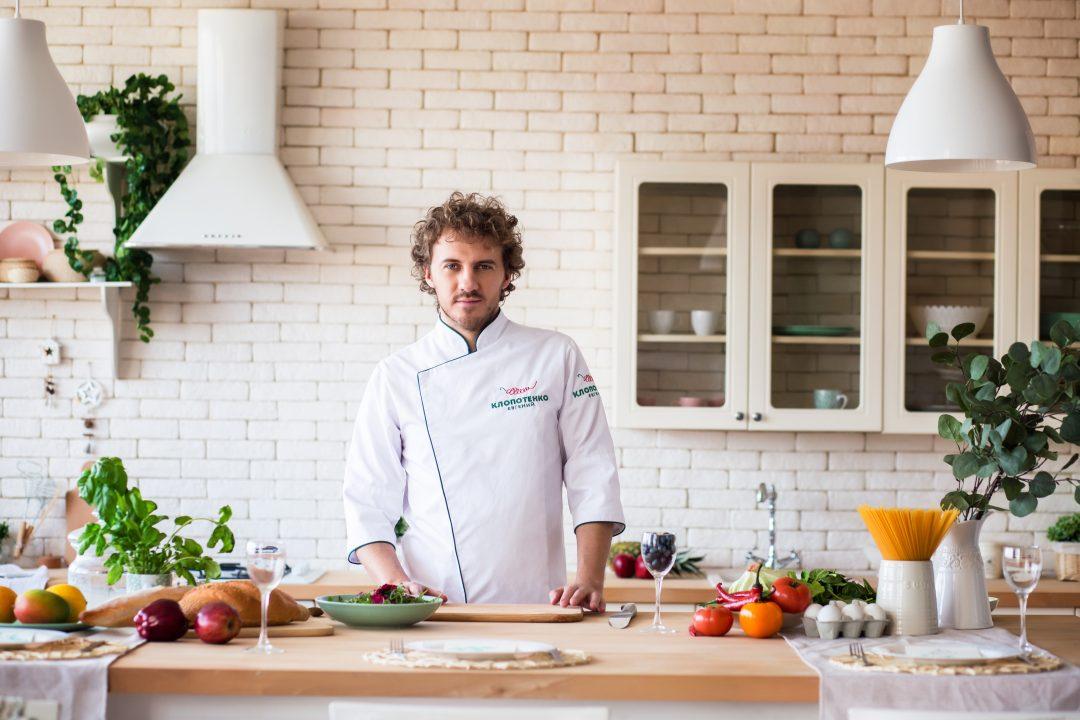 Евгений Клопотенко: «Я хочу помочь себе в детстве — изменить питание в школах»