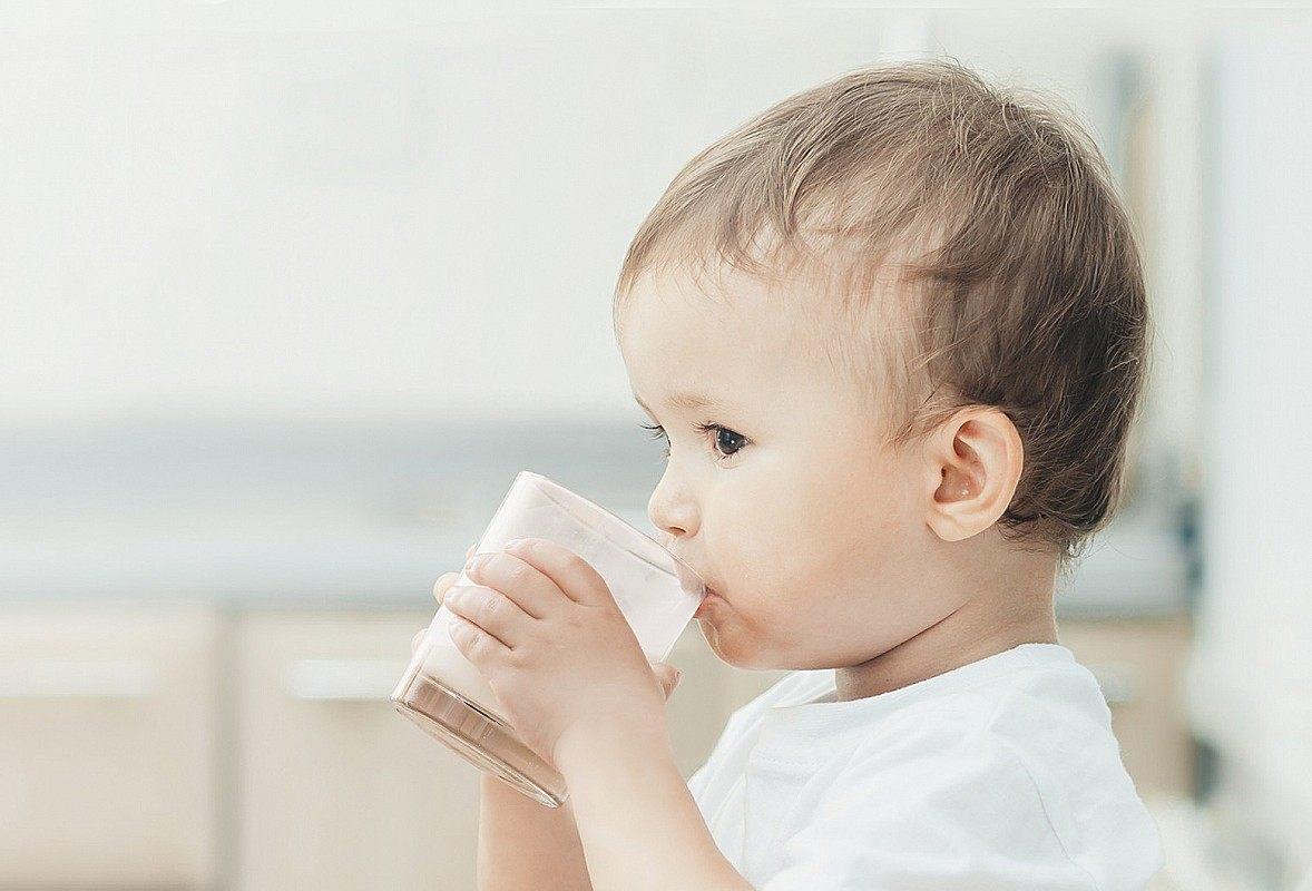 рослинне молоко дітям