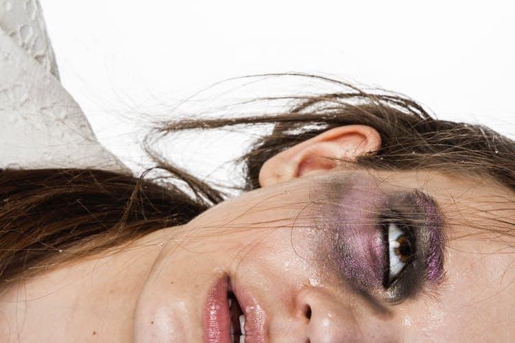 1547. В Україні запустили ще одну гарячу лінію для жертв домашнього насилля