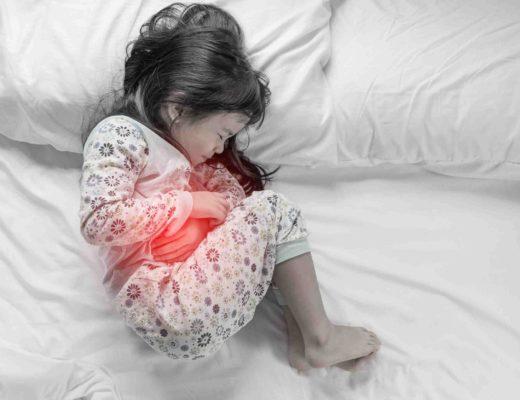 Дитина та біль. Як розпізнати причину та чи варто знеболювати?