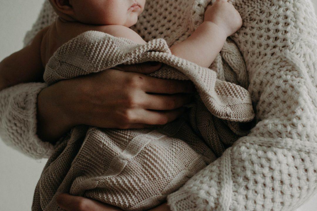 Тривожна мама = тривожна дитина: Як опанувати себе під час карантину