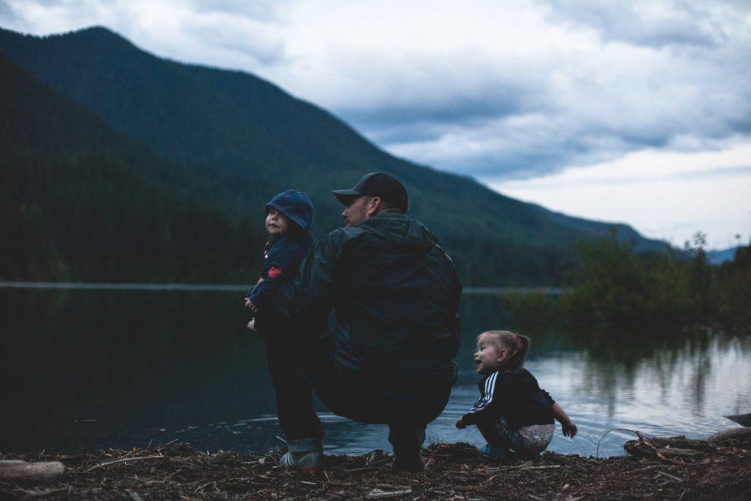 Воскресный папа: как не потерять контакт с ребенком?