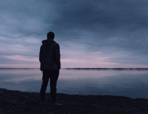 Дефицит признания: вечное ощущение никчемности