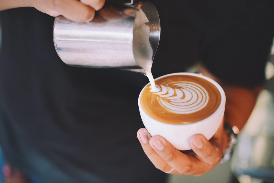 Кофе при грудном вскармливании: за или против