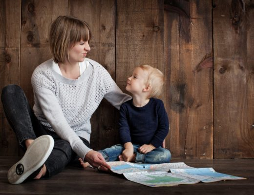 С какого возраста можно оставлять ребенка дома одного