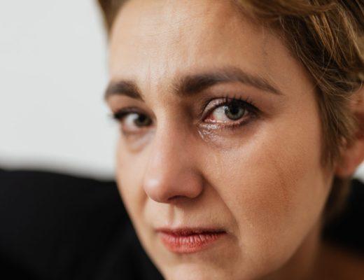 Какие бывают виды послеродовой депрессии и как с ними бороться