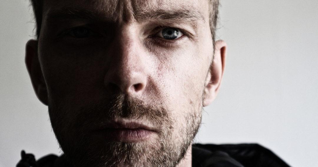 Послеродовая депрессия у мужчин: миф или реальность?